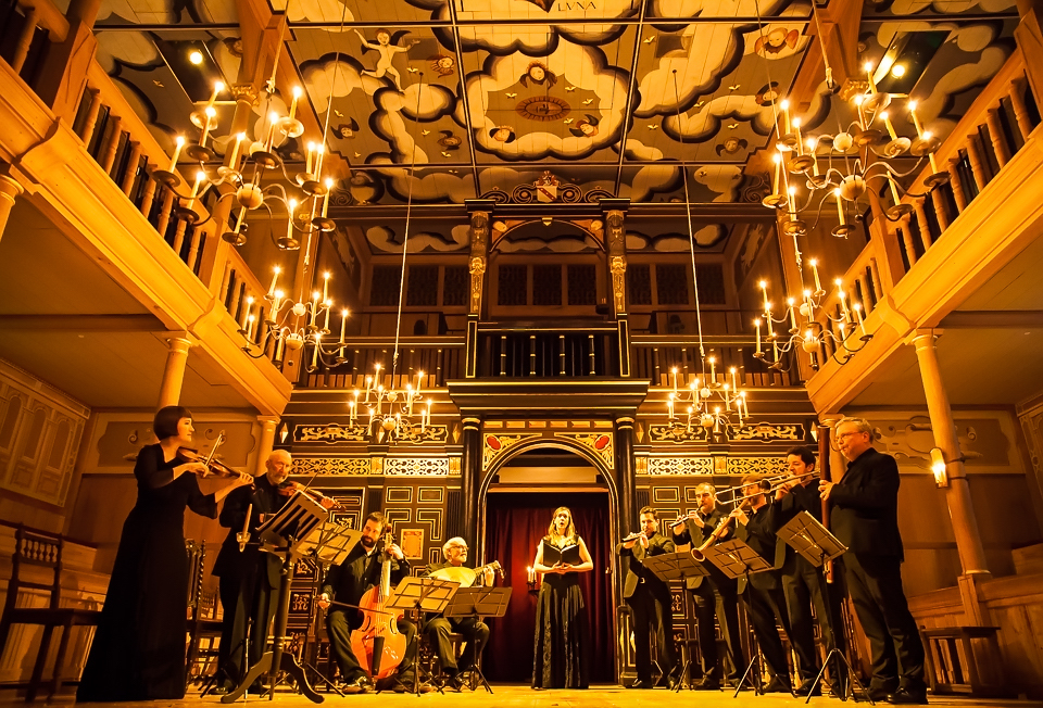 Folger Consort at Shakespeares Globe copy
